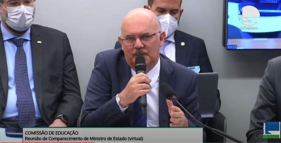 Ministro da Educação, Milton Ribeiro, em audiência na Comissão de Educação da Câmara dos Deputados nesta quarta-feira (9). — Foto: Reprodução/YouTube/Câmara dos Deputados