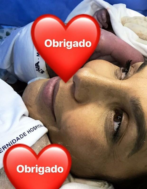 Ivete Sangalo e suas gêmeas (Foto: Reprodução / Instagram)