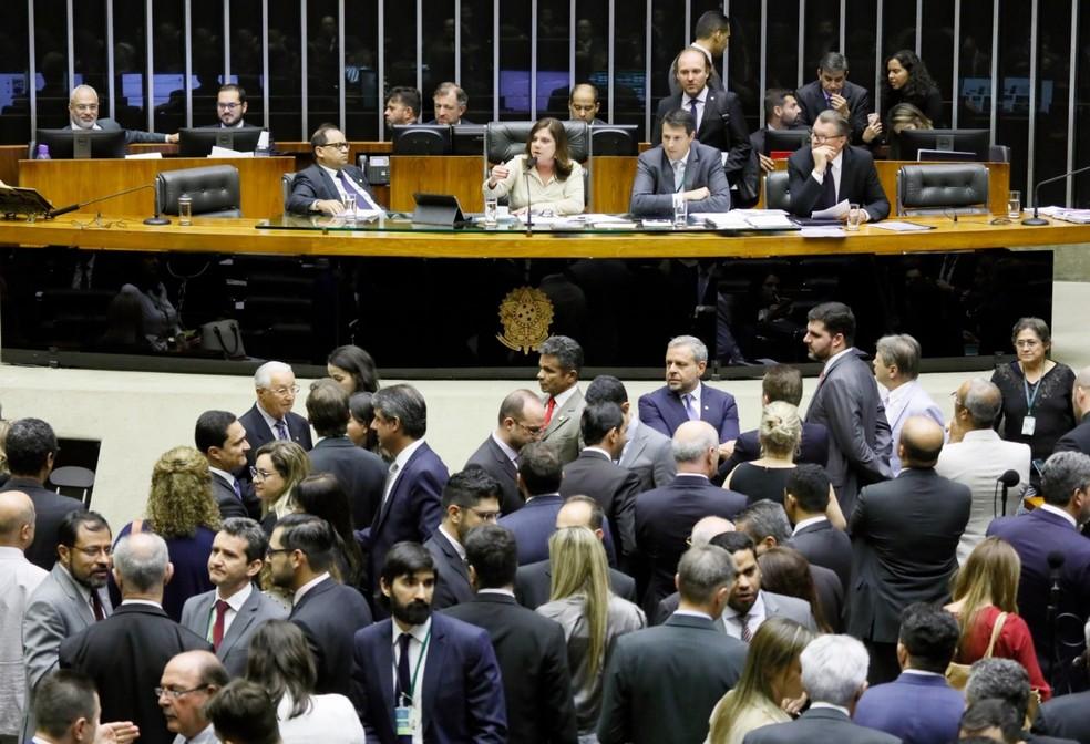Deputados reunidos no plenário da Câmara durante a sessão desta terça-feira (20) — Foto: Luis Macedo/Câmara dos Deputados