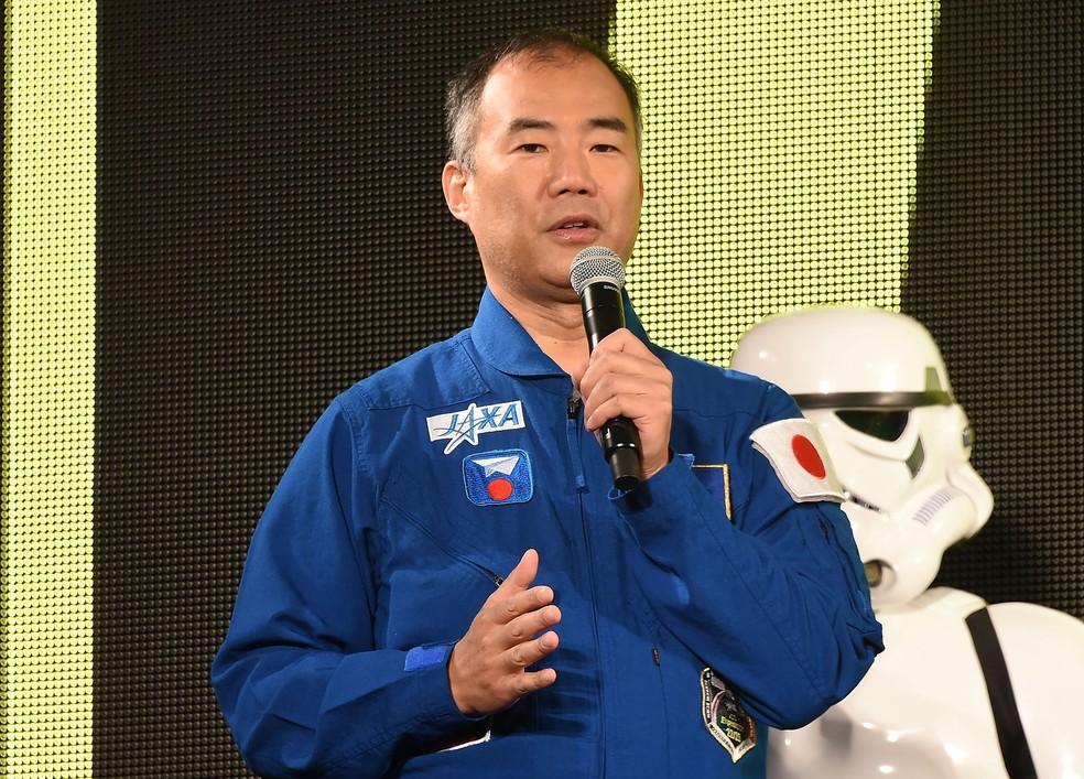 Soichi Noguchi é um dos astronautas que desfilará com a tocha no espaço — Foto: Jun Sato/WireImage
