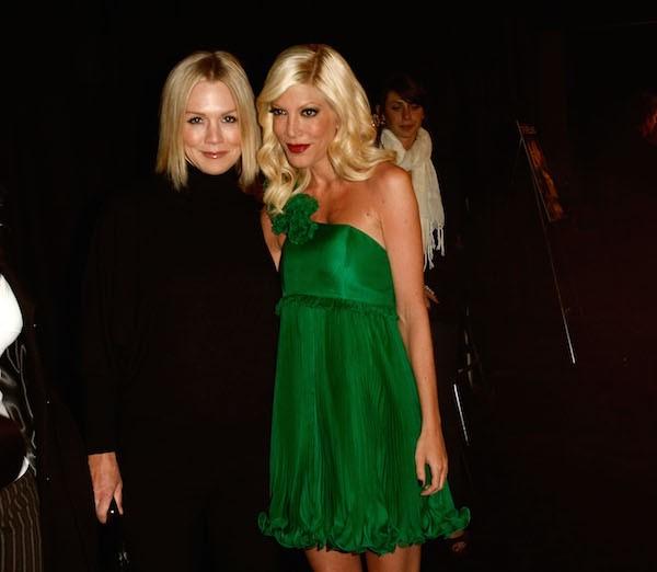 As atrizes Tori Spelling e Jenny Garth (Foto: Getty Images)