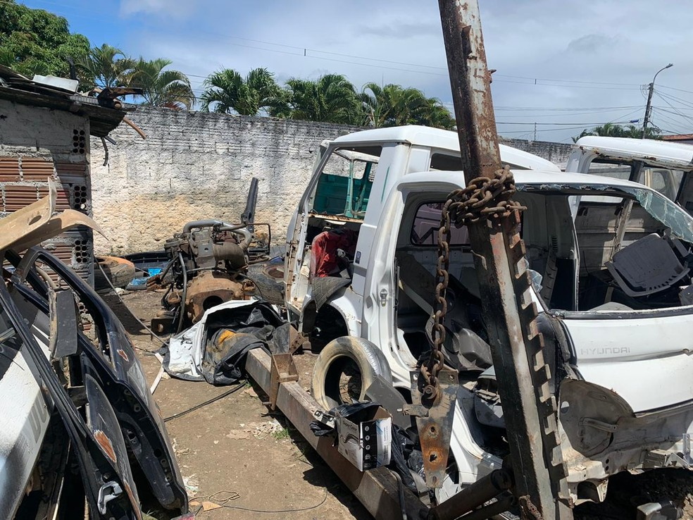 Dono de oficina mecânica na Grande Natal é preso em flagrante por venda de peças roubadas — Foto: Polícia Civil/Divulgação