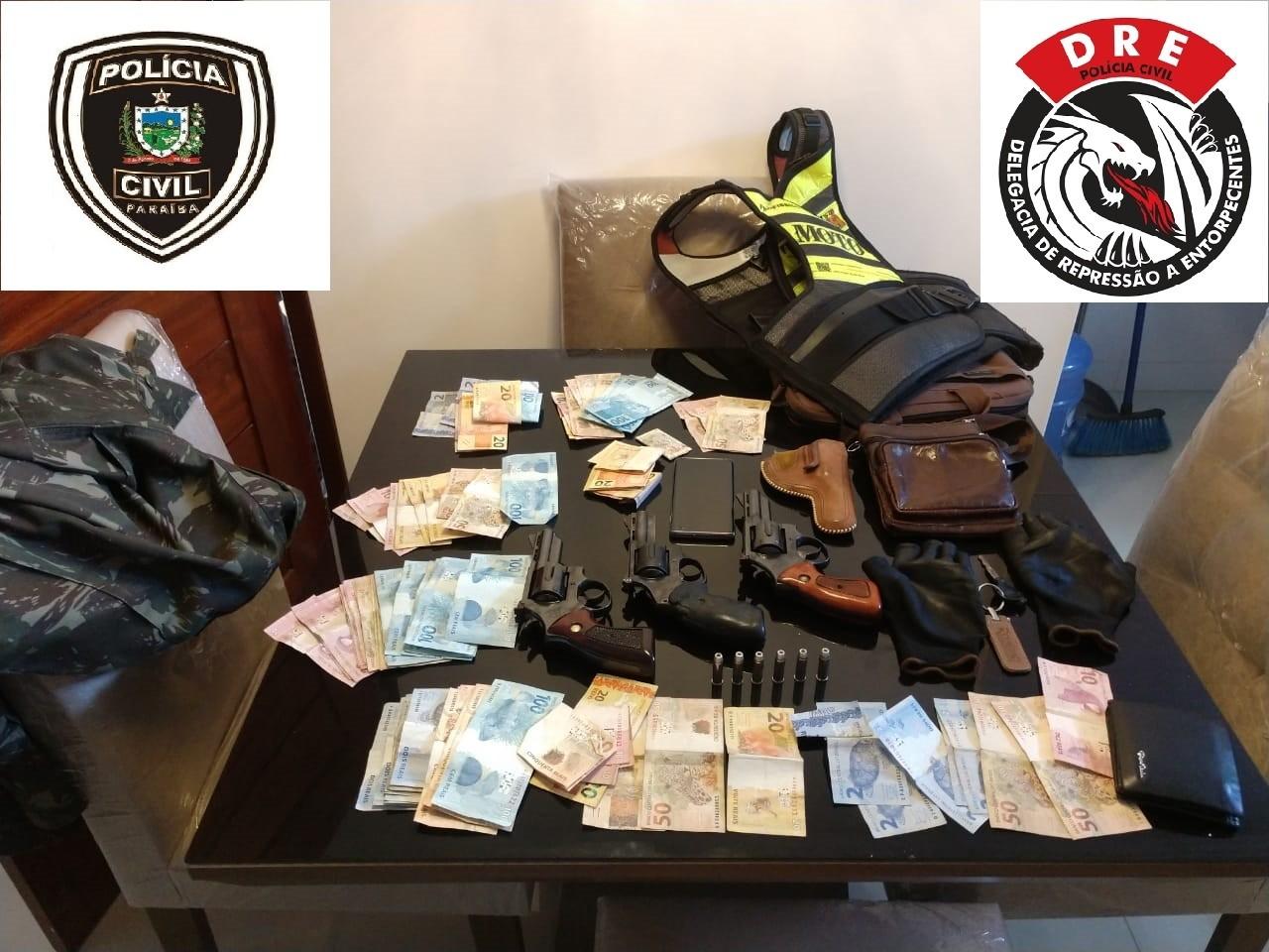Homem é preso com três armas de fogo, munições e R$ 5 mil em dinheiro, em Campina Grande - Notícias - Plantão Diário