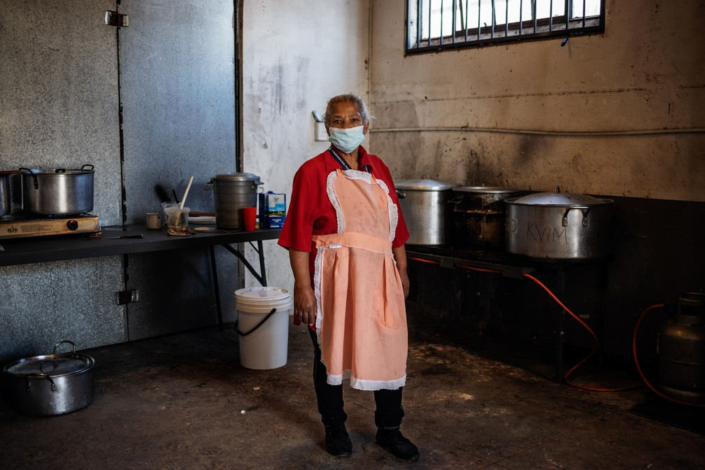 safrica health virus mayday photo essay 000 1qs4kk michele spatari afp - The Definition of an Essential Worker