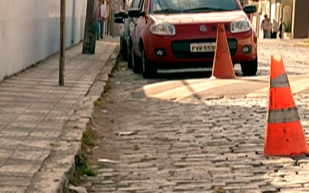 Acessibilidade é precária em Mogi das Cruzes (Foto: Reprodução/TV Diário)