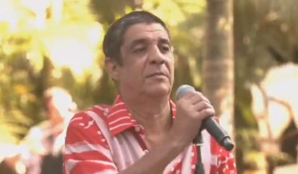 Zeca Pagodinho faz live em quarentena — Foto: Reprodução/YouTube