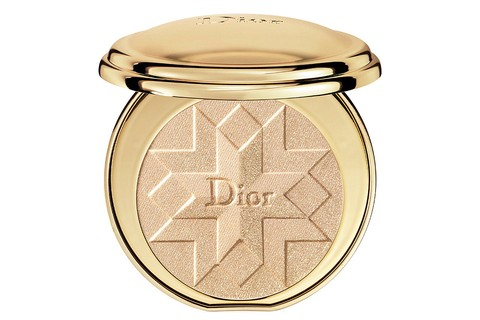 Diorific illuminating pressed powder, Dior (£ 49 na Selfridges)