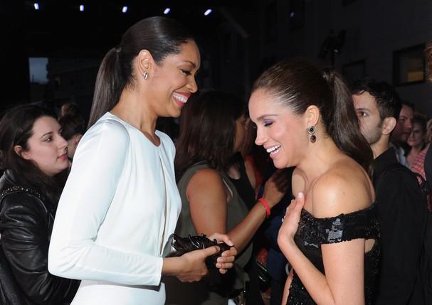 Meghan Markle e Gina Torres (Foto: Reprodução/Getty Images)