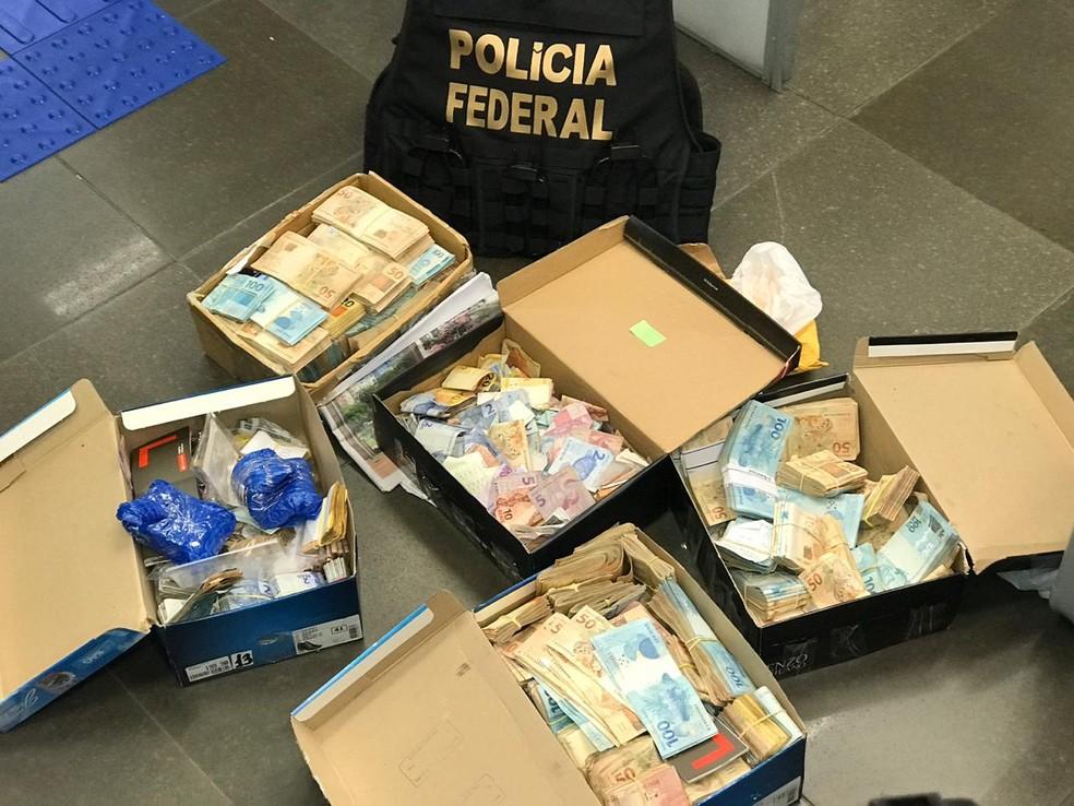 Primeira fase da operação: Polícia Federal cumpriu mandados no Rio Grande do Sul, Santa Catarina e São Paulo. — Foto: Bernardo Bortolotto/RBS TV