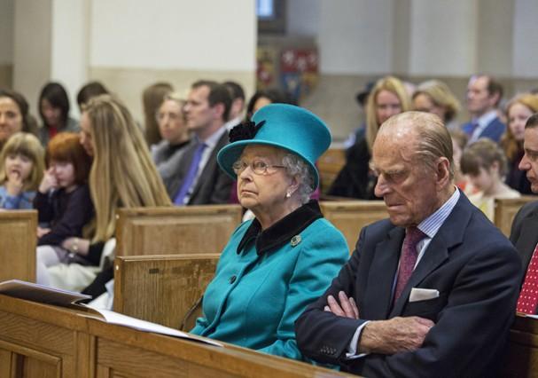 Rainha na igreja (Foto: Getty Images)