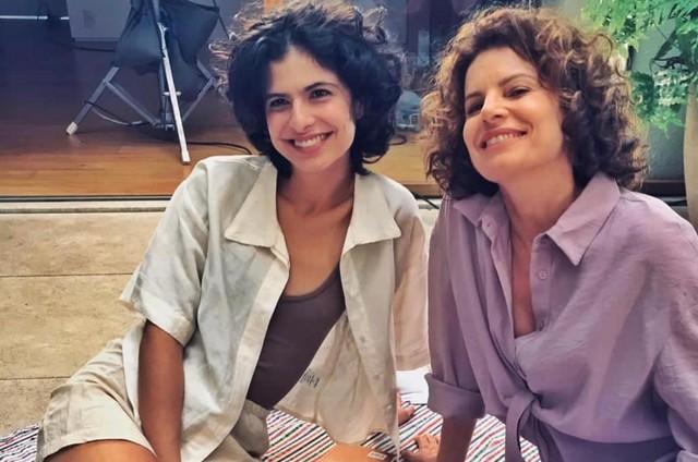 Julia Anquier e Débora Bloch em série do canal Hysteria (Foto: Divulgação)