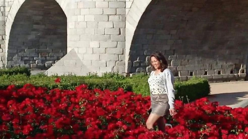 """Na Ponte de Toledo, onde conheci o jornalista"", diz Rosa — Foto: Cortesia: Rosa María Martínez via BBC"