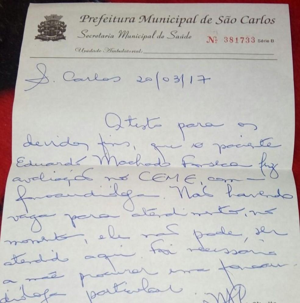 Mãe teve negativa por escrito sobre atendimento com fono para o filho (Foto: Maisa Machado / Arquivo Pessoal)