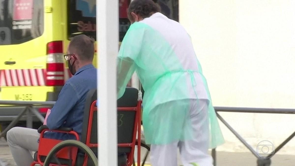 Cidade de Nice, no sul da França, impõe restrições para conter alta de casos de coronavírus