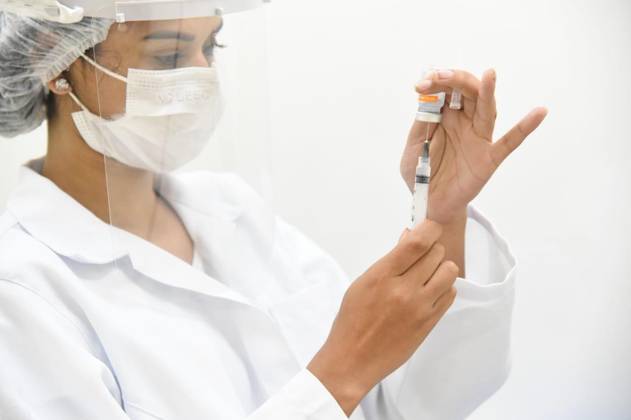 Mogi retoma agendamento da vacinação contra a Covid-19 para pessoas acima de 47 anos nesta quinta-feira