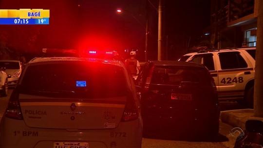 Quatro pessoas são mortas no intervalo de três horas e meia em Porto Alegre