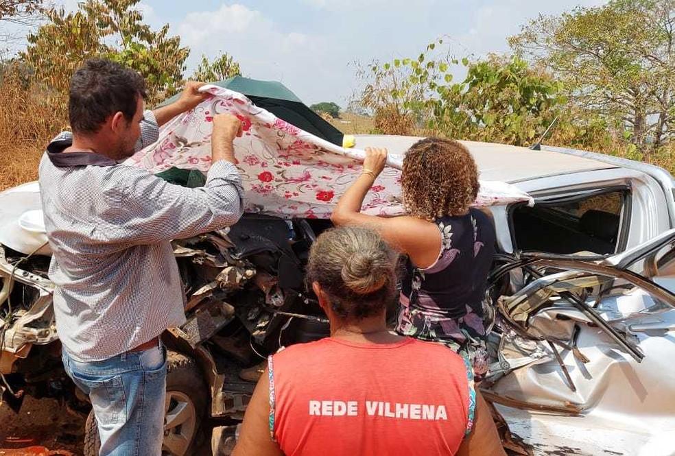 Idoso fica preso às ferragens após acidente em Cacoal, RO.  — Foto: Reprodução