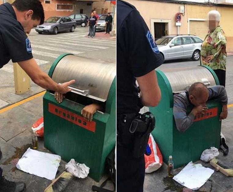 Homem foi resgatado após ficar entalado em lixeira na Espanha (Foto: Reprodução/Twitter/ Policía Local Murcia)