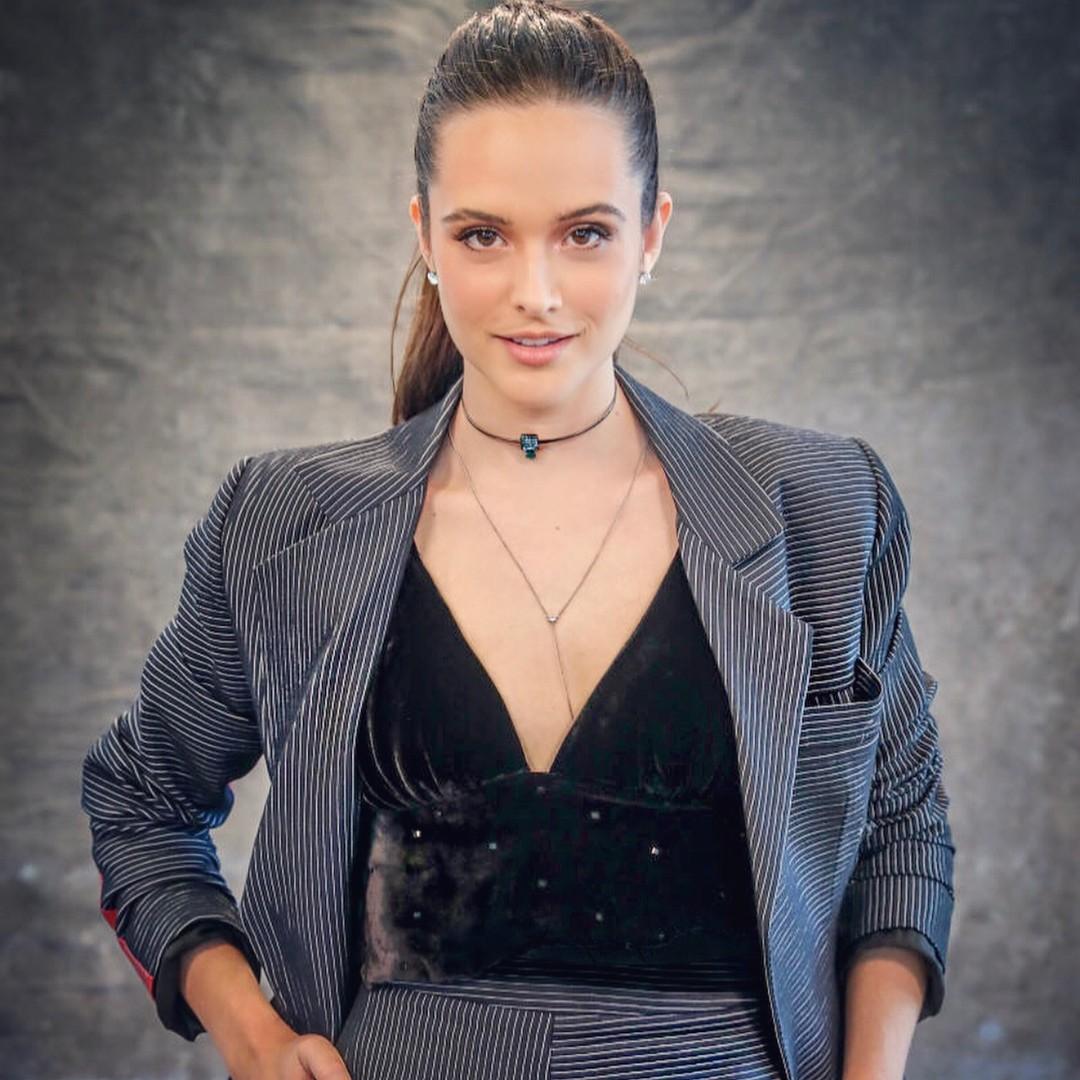"""Juliana Paiva interpretará Marocas na nova novela das 7,  """"O Tempo Não Para"""" (Foto: Reprodução / Instagram)"""
