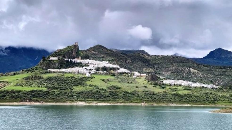 A cidade é pequena, com menos de 2 mil habitantes — Foto: Divulgação/BBC