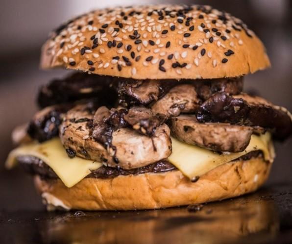 Cogu Cogumelo: opções veganas