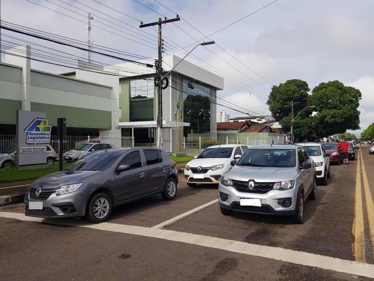 Motoristas de aplicativo cobram redução no preço da gasolina em Macapá; valor chega a R$ 4,50