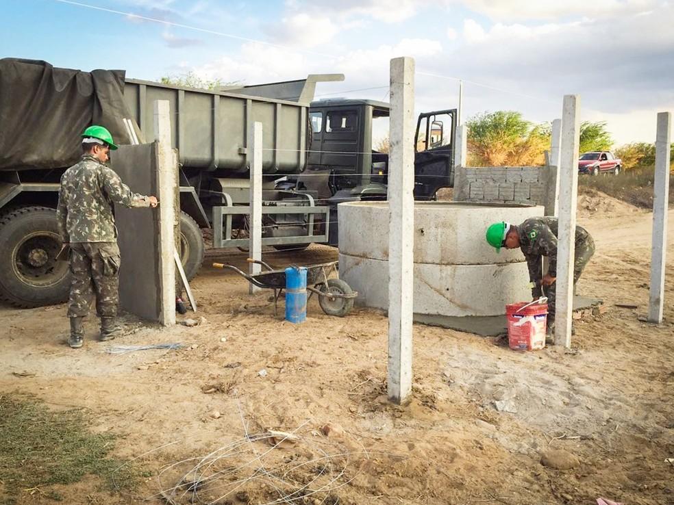 Do total de 300 poços, 17 foram construídos no Rio Grande do Norte — Foto: Exército Brasileiro