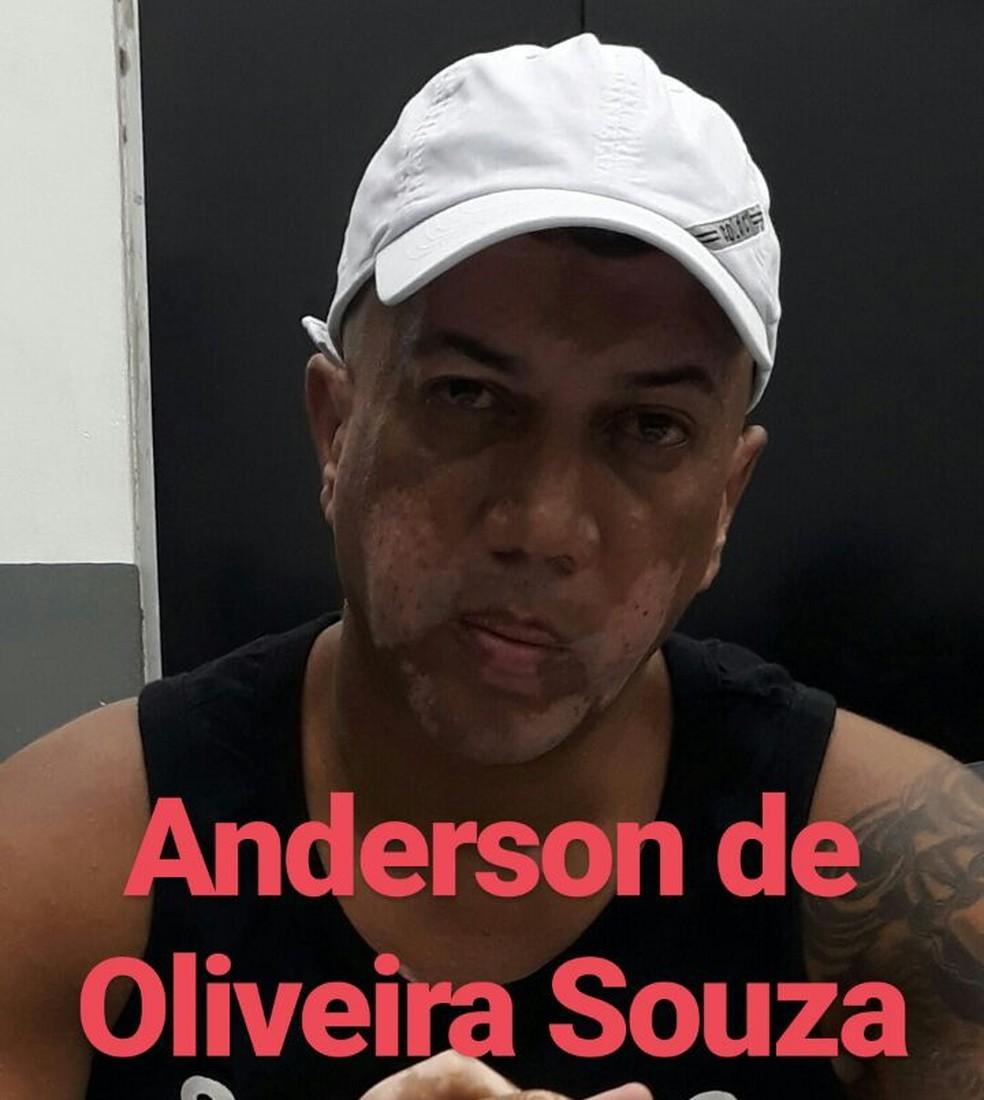 Anderson foi preso em flagrante pelos militares (Foto: Divulgação / Polícia Militar)