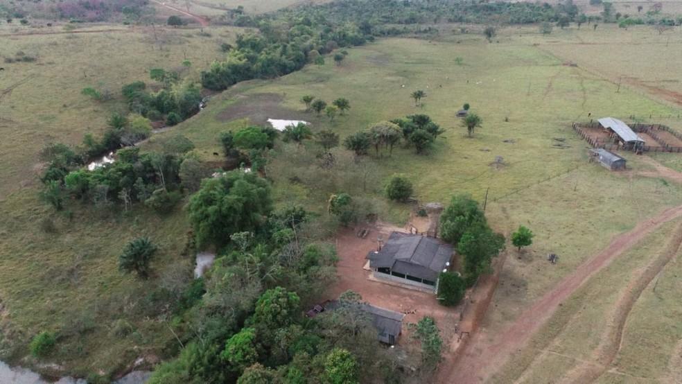 Bens de facção, veículos e fazenda avaliada em R$ 7 milhões foram apreendidos na Operação Red Money (Foto: Polícia Civil de MT/Assessoria)