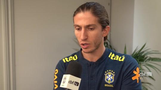 """""""Vai ajudar a fortalecer o grupo para a Copa América"""", diz Filipe Luís sobre duelo com Uruguai"""