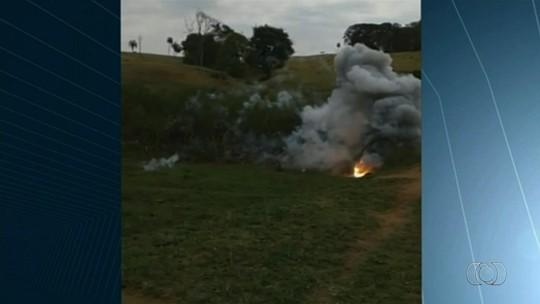 Explosivos da FAB 'caem do céu' e assustam moradores de Jaraguá, em Goiás