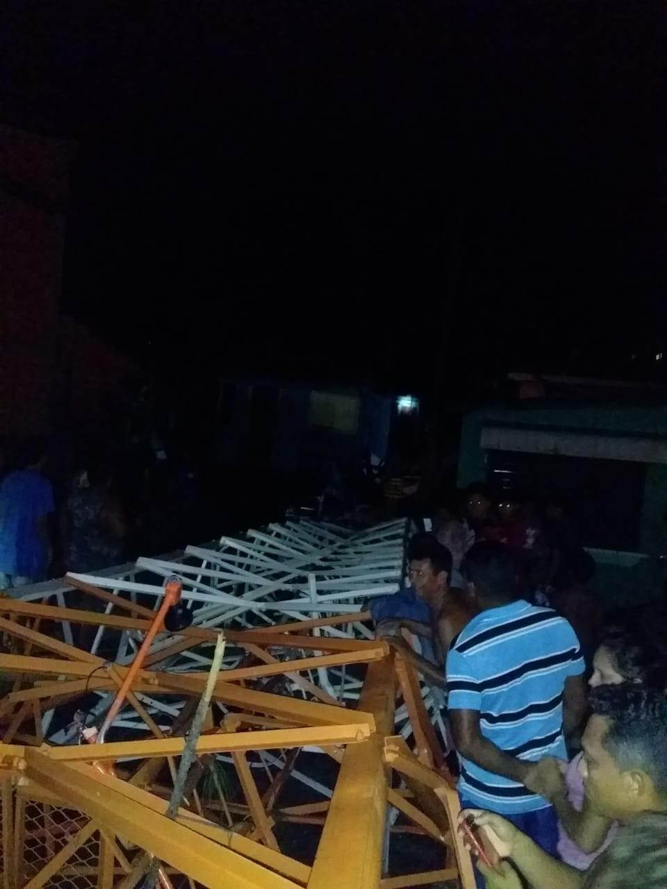 Torre de internet desaba após forte chuva em Curralinho, na Ilha do Marajó