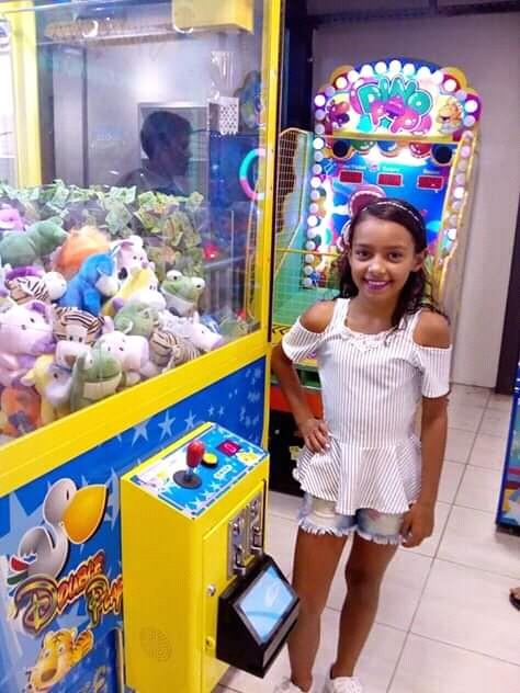 Corpo achado em matagal é da garota que foi levada pelo padrasto no Grande Recife, diz delegado