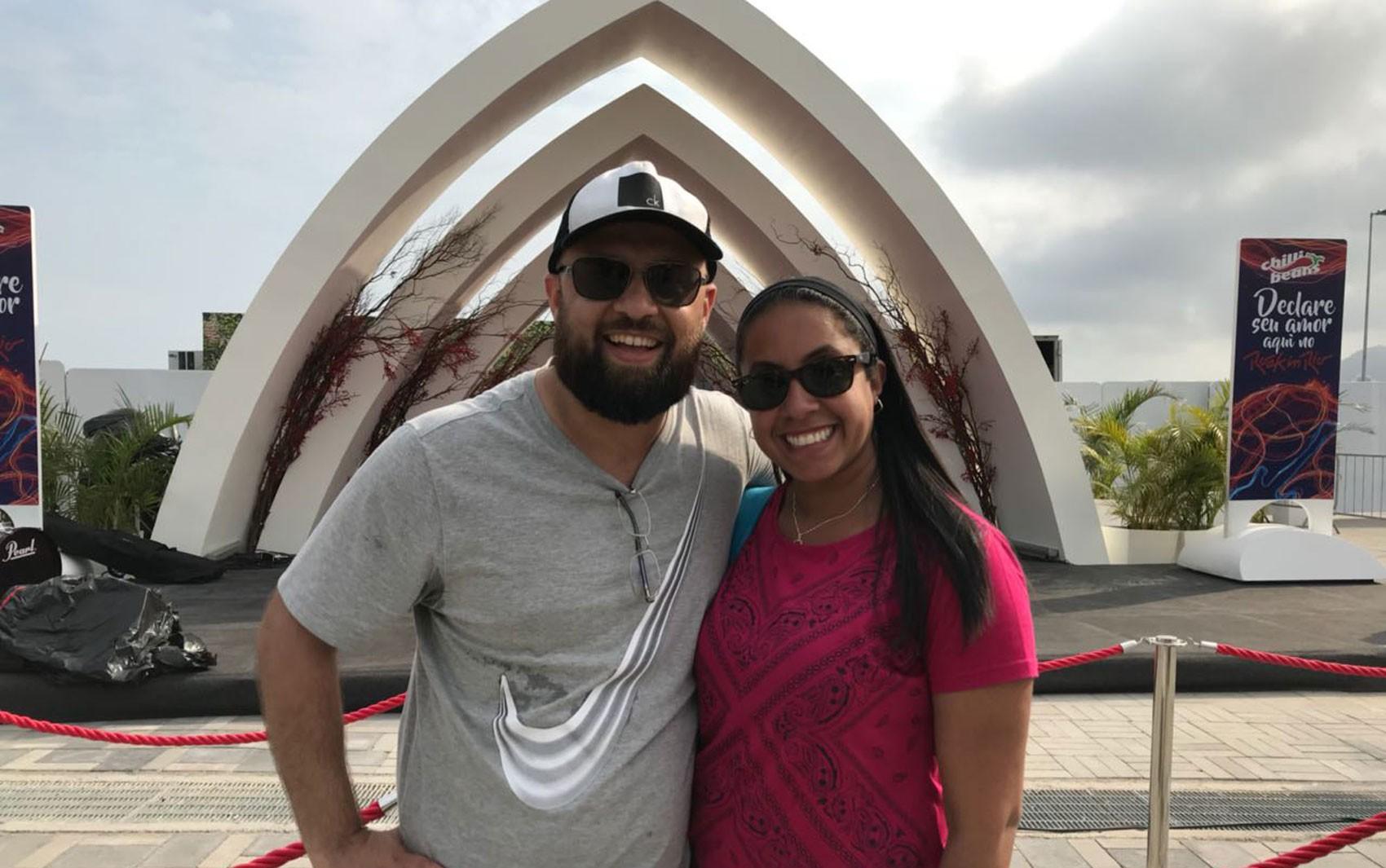 Primeiro casal a se unir no Rock in Rio volta à Cidade do Rock 6 anos depois