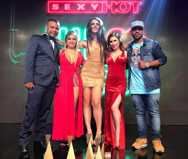 Juninho FSF, Patricia Kimberly, Dread Hot, Emme White e MC Fernandinho (Foto: AF Produções)