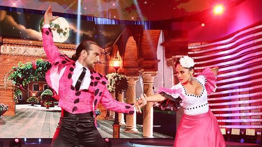 Igor Rickli arrasa na coreografia de paso doble