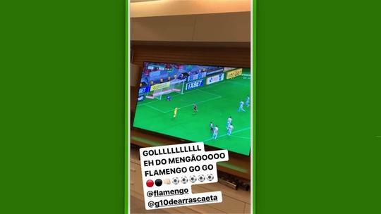 """Em rede social, Rafinha narra gol de Arrascaeta pelo Flamengo contra Vasco: """"Vai, Arrasca!"""""""