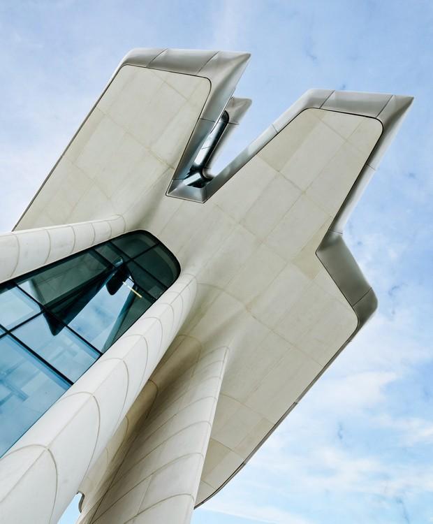 A torre com vista panorâmica é um dos pontos altos da arquitetura (Foto: OKO Group)