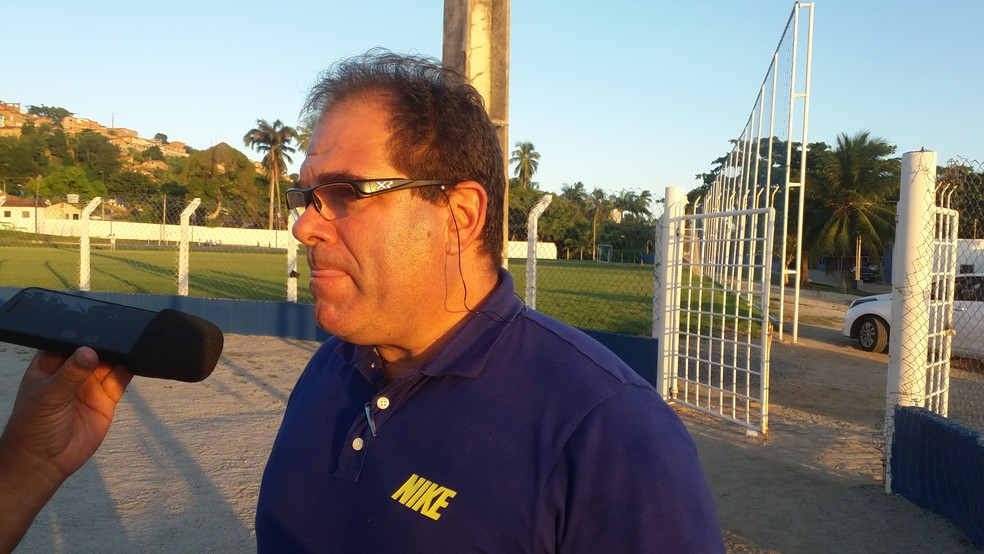 Marcelo de Jesus, gerente de futebol do CSA (Foto: Augusto Oliveira/GloboEsporte.com)