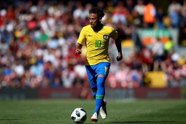 O brasileiro Neymar no amistoso do Brasil contra a Croácia (Foto: Getty Images)