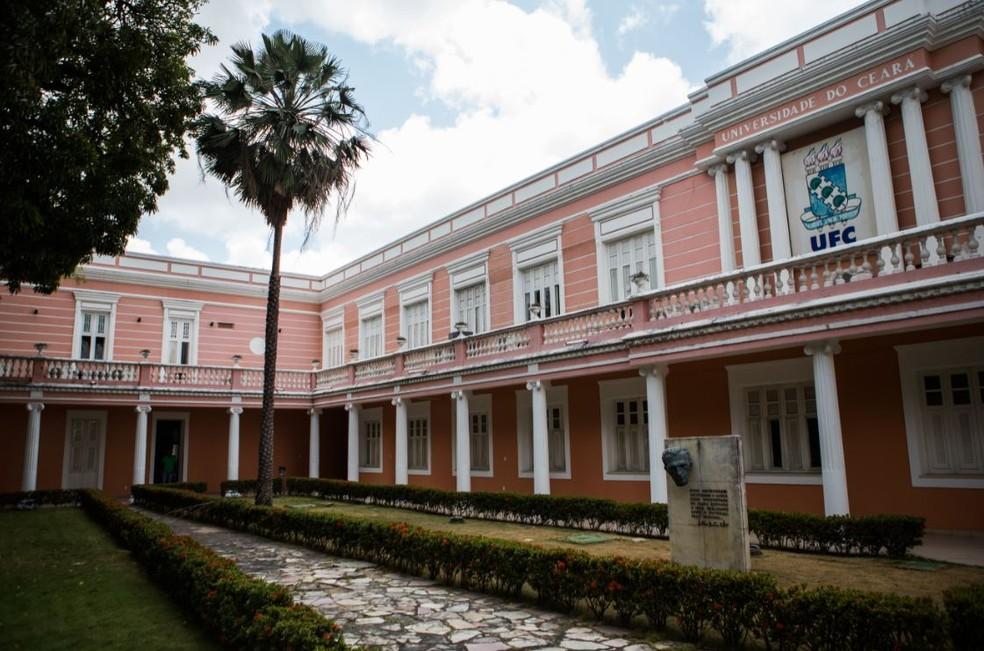 Alunas denunciam crimes sexuais em campus da Universidade Federal do Ceará — Foto: Daniel Aragão/Sistema Verdes Mares