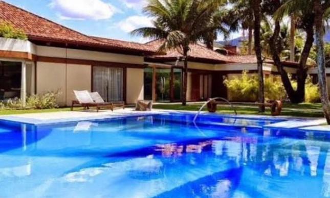 Neymar compra mansão de R$ 13 milhões de Cláudia Raia. Era a casa onde ela vivia com Edson Celulari