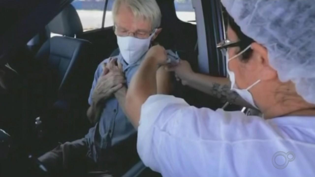 Faltam mais de 600 vacinas para vacinação de profissionais de saúde e idosos em Cerquilho