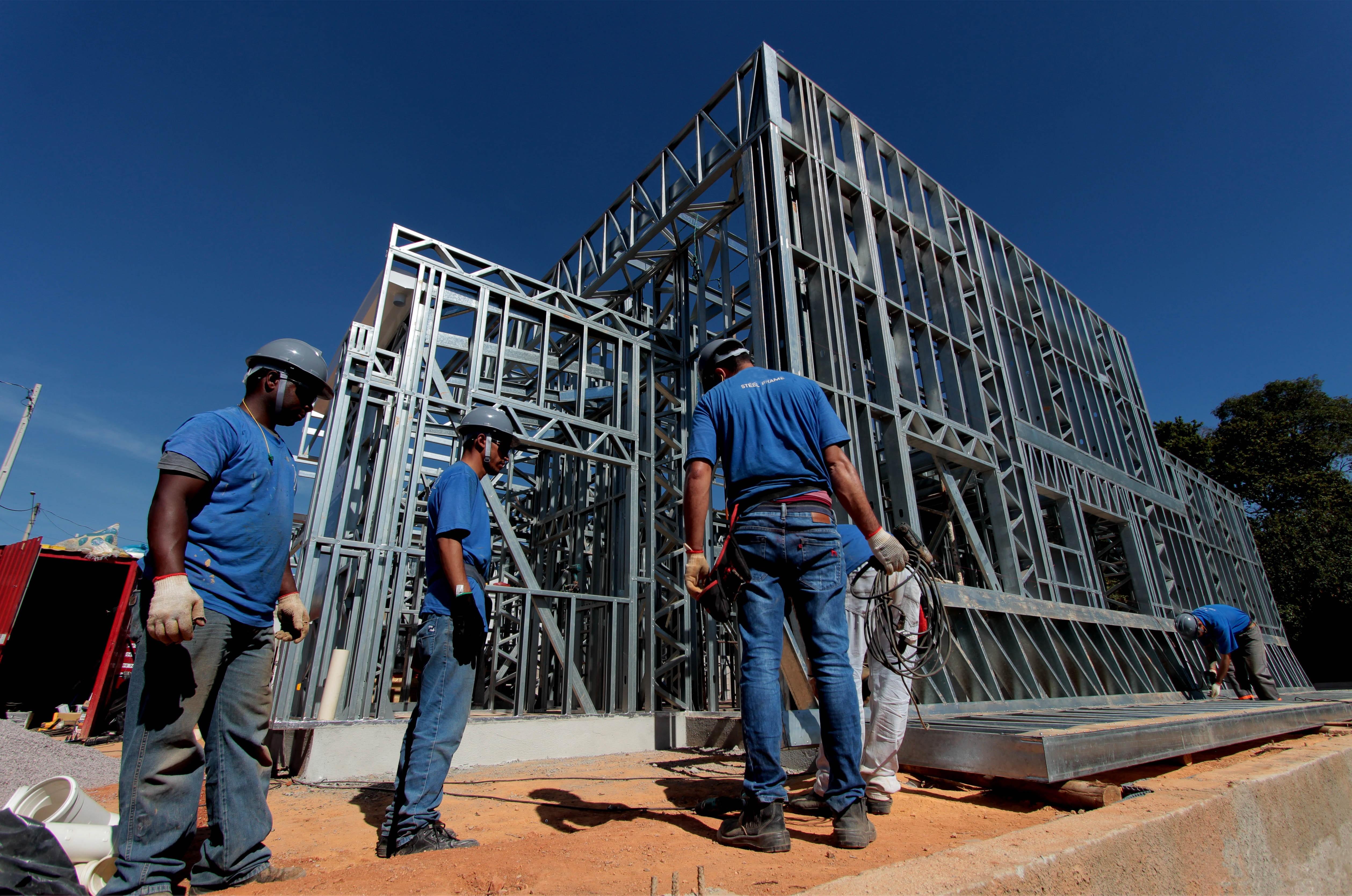 Brosz utiliza estruturas de aço na construção de imóveis