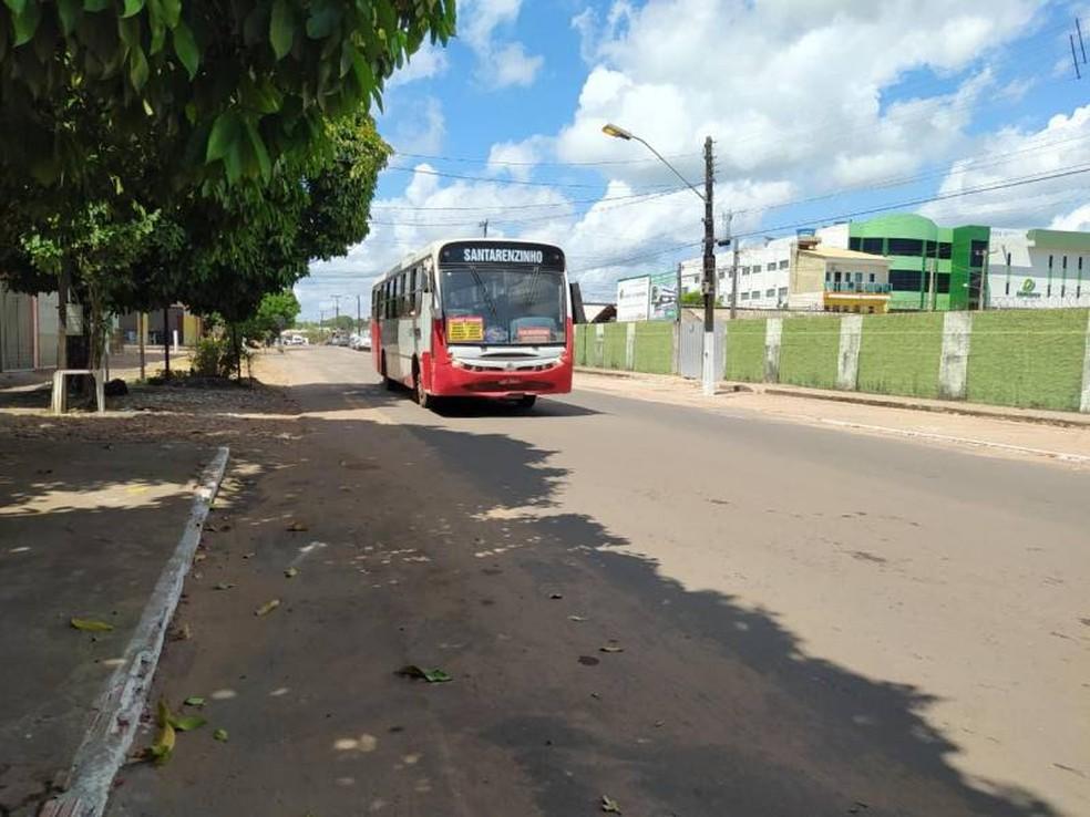 Linha Santarenzinho sofrerá alteração de itinerário devido aos trabalhos de sinalização na travessa Frei Ambrósio, em Santarém — Foto: Agência Santarém/Divulgação