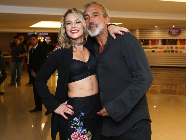 Paolla Oliveira e Rogério Gomes (Foto: Roberto Filho/Brazil News)