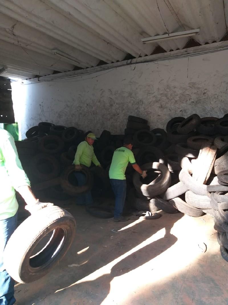 Prefeitura de Tupã realiza coleta gratuita de pneus e destaca importância do descarte correto