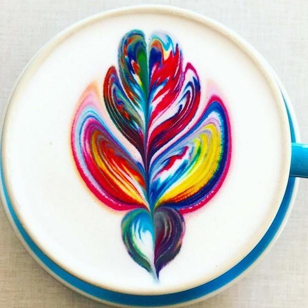 Café arco-íris da empreendedora australiana Emily Coumbis (Foto: Reprodução/Instagram)