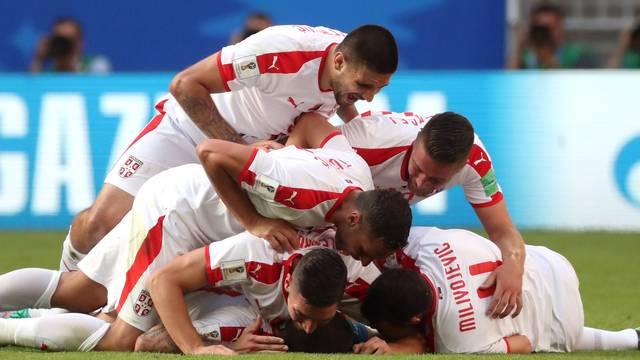 Costa Rica x Sérvia - Comemoração Sérvia