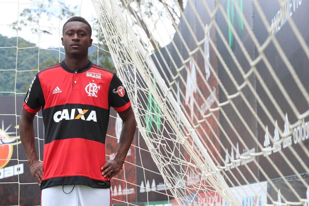 Fla anuncia oficialmente Marlos Moreno nesta terça-feira  (Foto: Divulgação Flamengo)